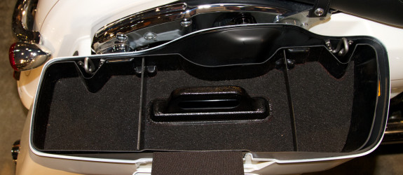 Harley saddlebag tray